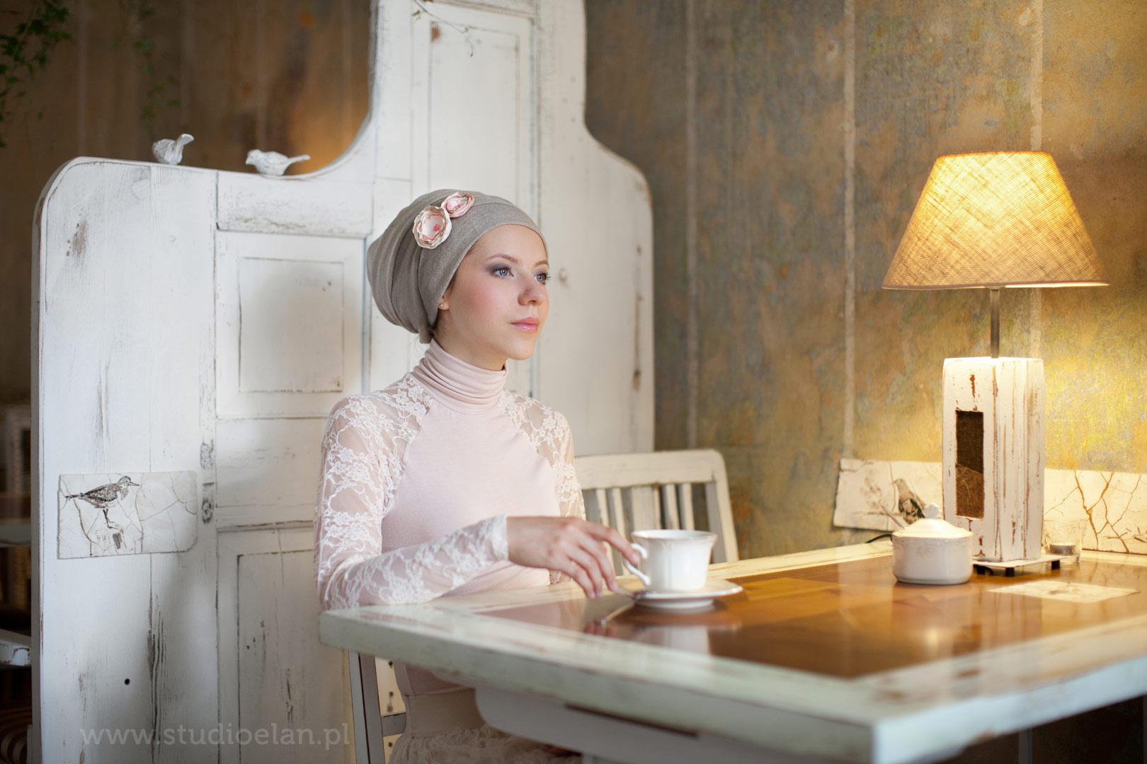 romantyczny portret z kawą w ptasim radio w poznaniu